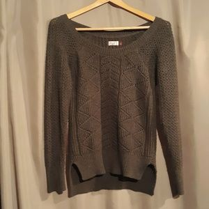 Cute sweater perfect for fall